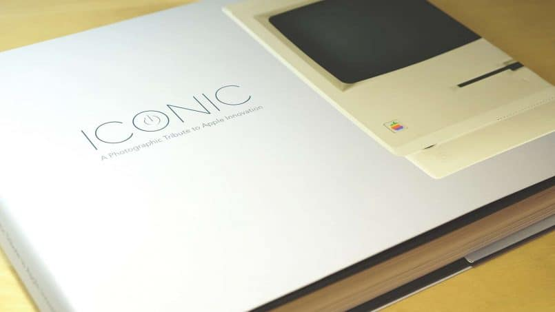 Iconic: A Photographic Tribute to Apple Innovation Portada Libro